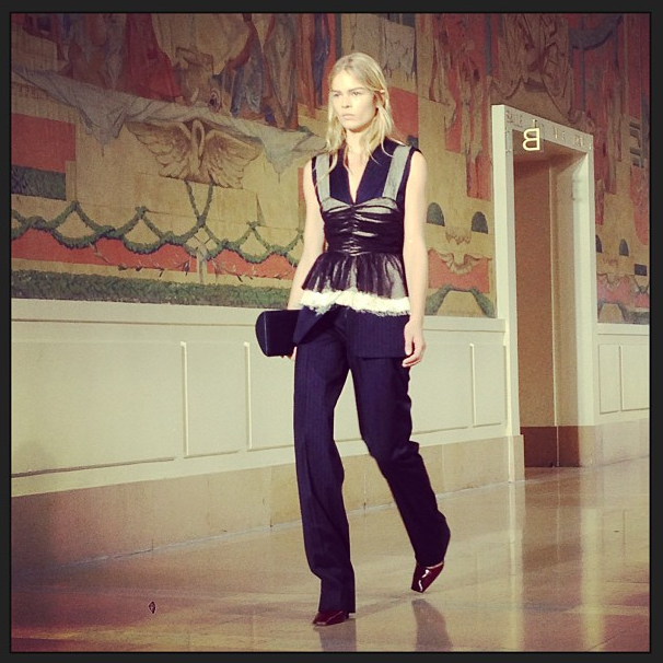 Прямой репортаж  с Paris Fashion Week:  День 4. Изображение № 12.