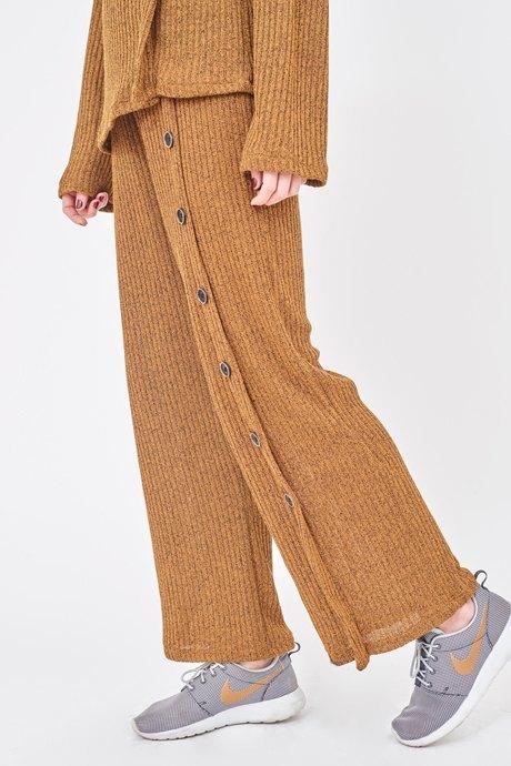 Визажистка Виктория Шнайдер о любимых нарядах . Изображение № 17.