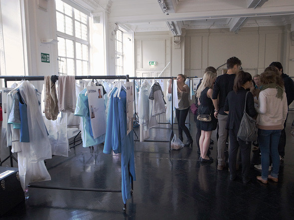 London Fashion Week: Репортаж с бэкстейджей Richard Nicoll и Nicole Farhi. Изображение № 5.