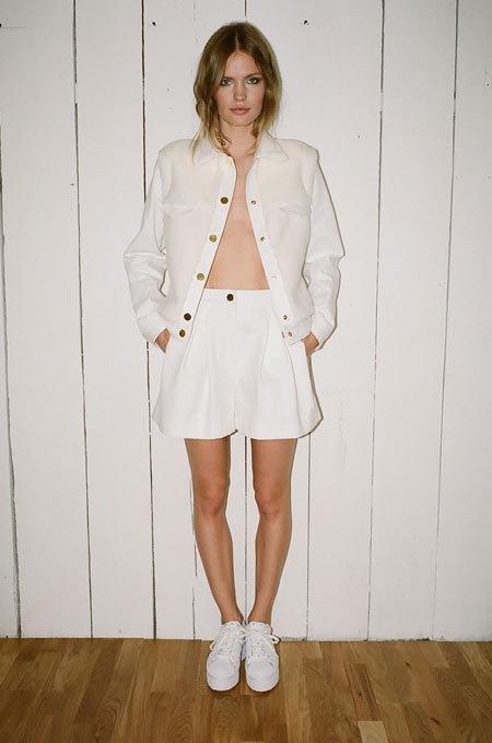 Пижамы, комбинации и халаты в новой коллекции Walk of Shame. Изображение № 11.