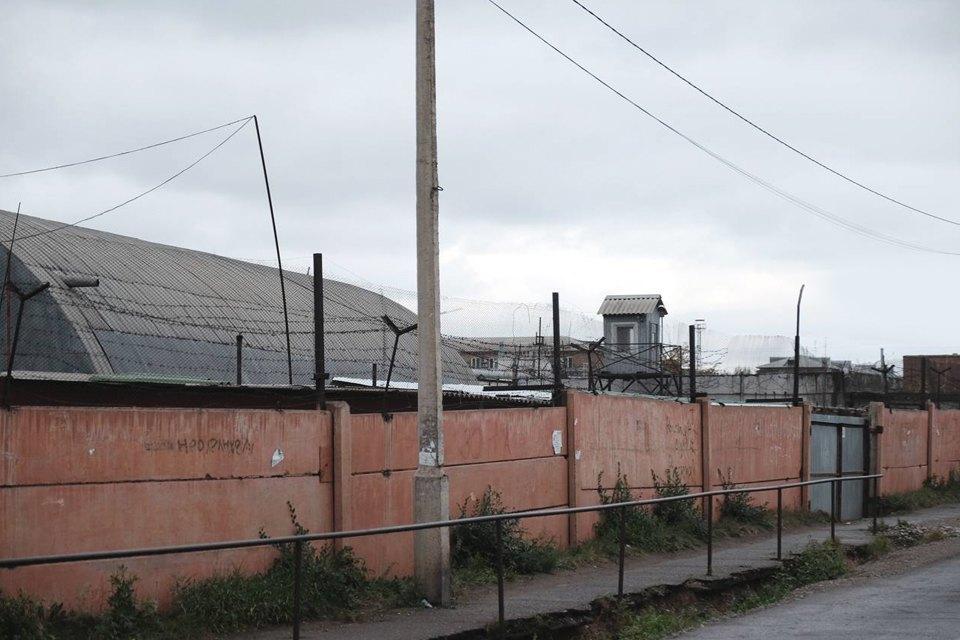 """«В тюрьме к тебе всегда будут обращаться на """"ты""""»: Светлана Бахмина о быте в женской колонии. Изображение № 1."""