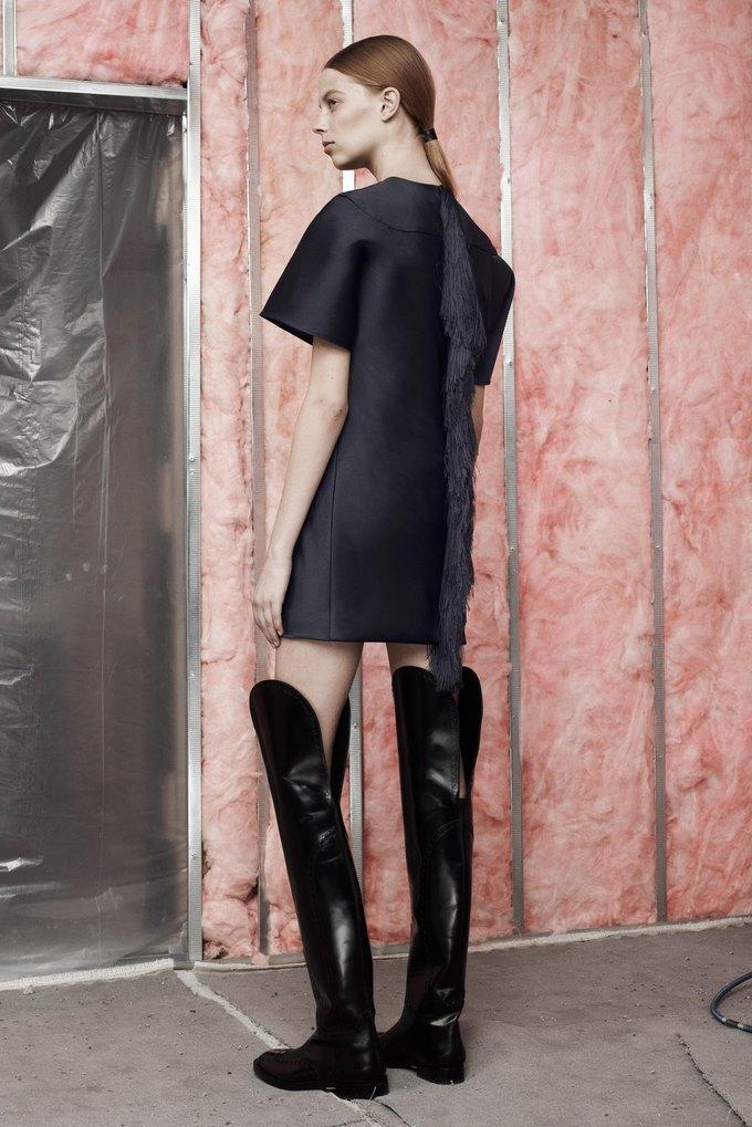 Мех и ковбойские ботинки в новой коллекции Alexander Wang . Изображение № 5.