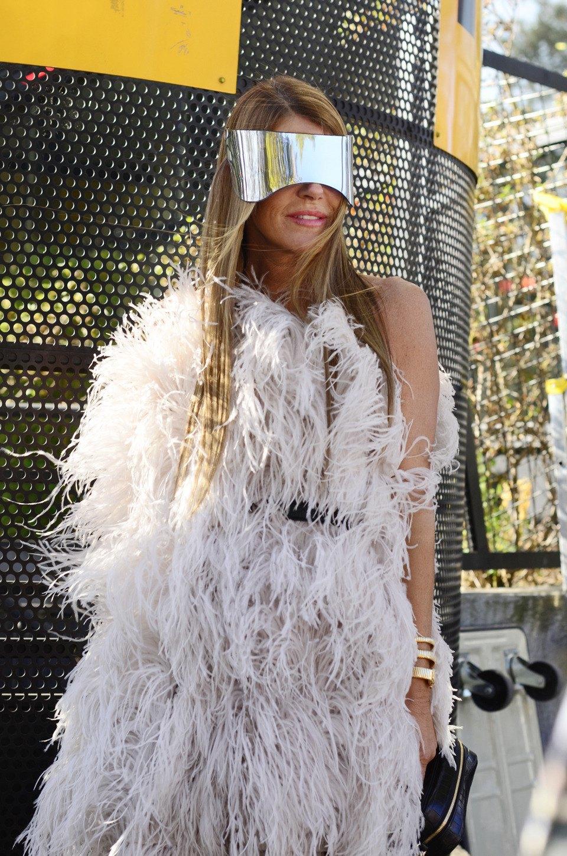 Парень в камуфляже, девушка-Микки-Маус и другие гости Paris Fashion Week. Изображение № 7.