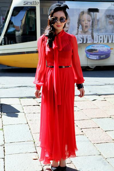 Milan Fashion Week: Уличный стиль, день 1. Изображение № 5.
