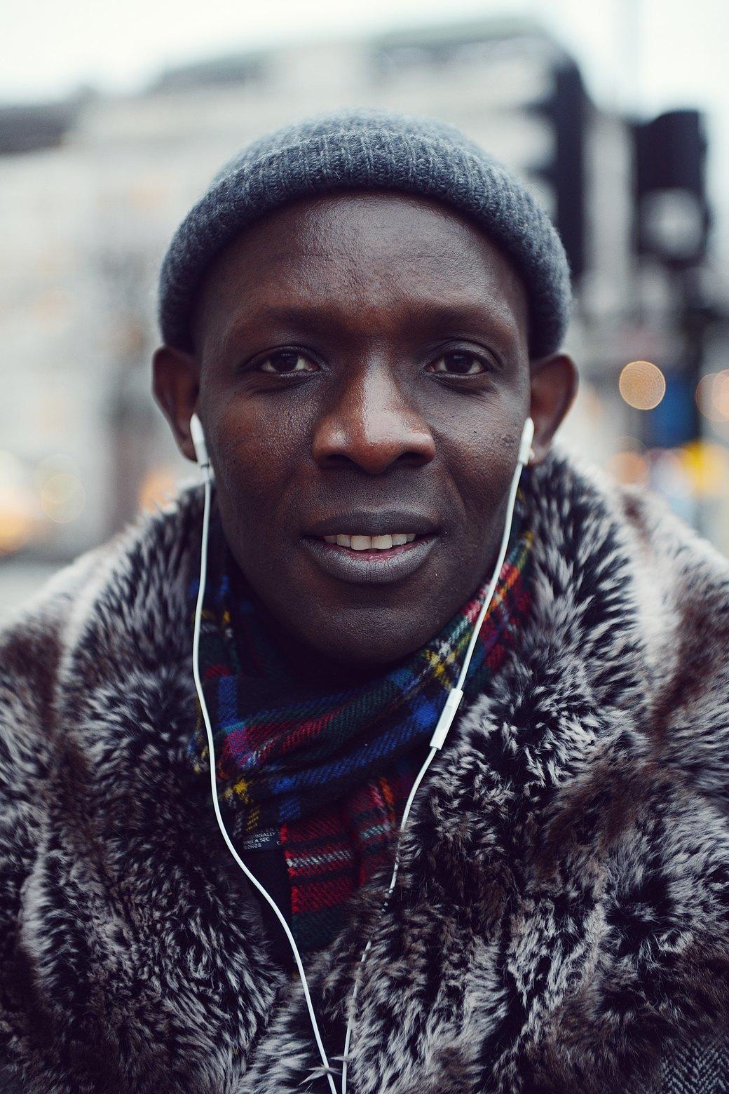 Шубы и горох на Stockholm Fashion Week. Изображение № 12.