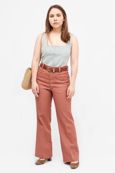 Основательница винтажного магазина More is More Аня Кольцова о любимых нарядах. Изображение № 6.