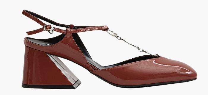 10 пар лаковой обуви для любой погоды: От простых до роскошных. Изображение № 1.