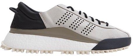 Массивные и неубиваемые: 10 пар кроссовок на зиму. Изображение № 7.