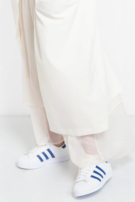 Главный редактор  Ъ-Lifestyle Натела Поцхверия о любимых нарядах. Изображение № 11.