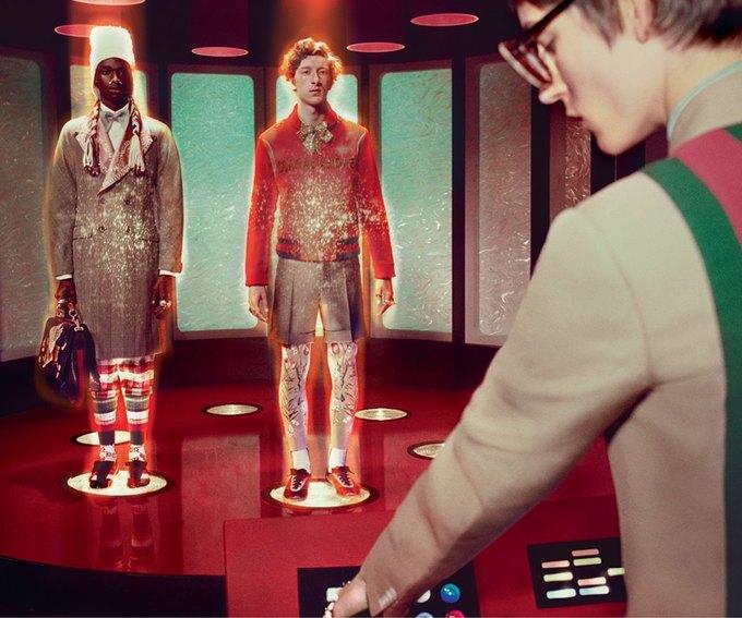 В новой кампании Gucci снялись пришельцы  и динозавры. Изображение № 13.
