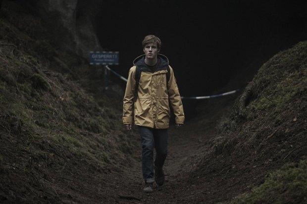 Сериал «Dark»: Фантастический триллер о перемещениях во времени. Изображение № 3.