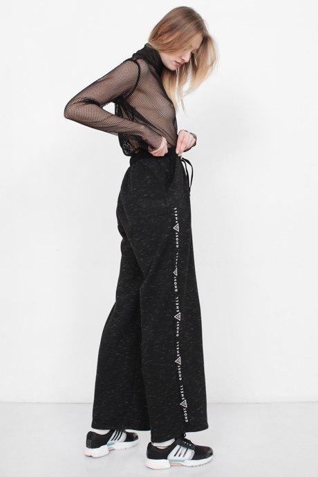 Телеведущая и модель Маша Миногарова о любимых нарядах. Изображение № 17.