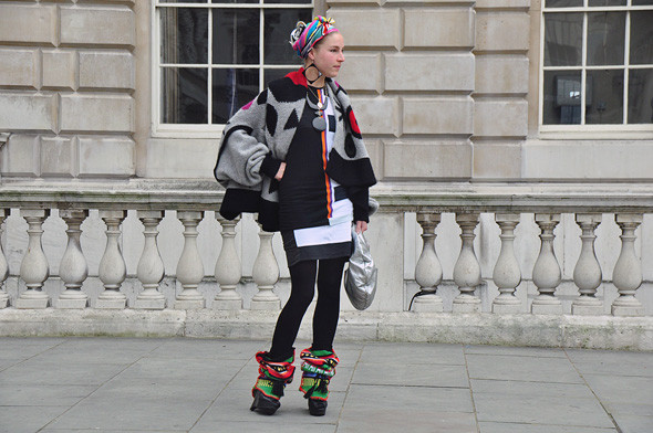 London Fashion Week: Уличный стиль, часть 2. Изображение № 5.