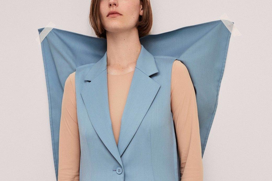 Не доставайся же ты никому: Как бренды уничтожают «ненужную» одежду. Изображение № 1.