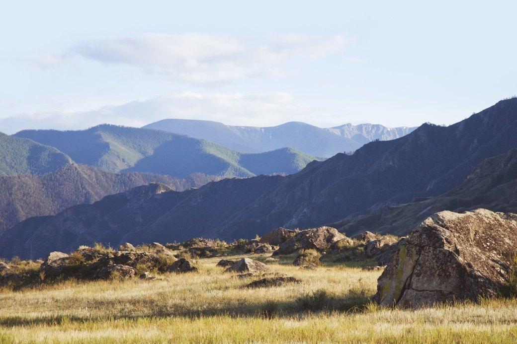 Увидеть Алтай и замереть: Как я ходила в конный поход по горам. Изображение № 2.