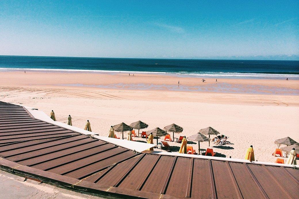 В Португалию за йогой  и серфингом. Изображение № 1.