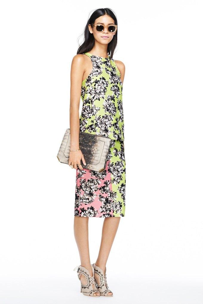 Платья с цветами и перфорацией в весенне-летней линии J. Crew. Изображение № 1.