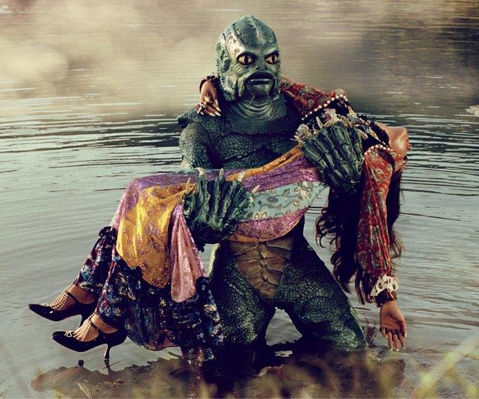 В новой кампании Gucci снялись пришельцы  и динозавры. Изображение № 30.