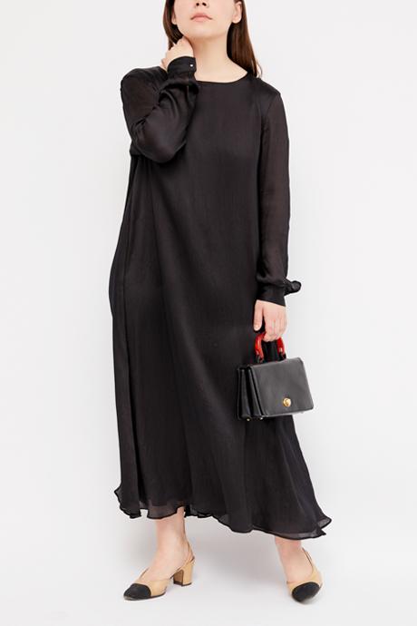 Основательница винтажного магазина More is More Аня Кольцова о любимых нарядах. Изображение № 19.