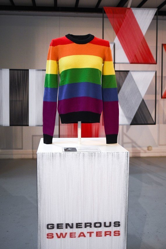 Кирстен Данст и Кристин Скотт Томас сделали свитера для Sonia Rykiel. Изображение № 6.