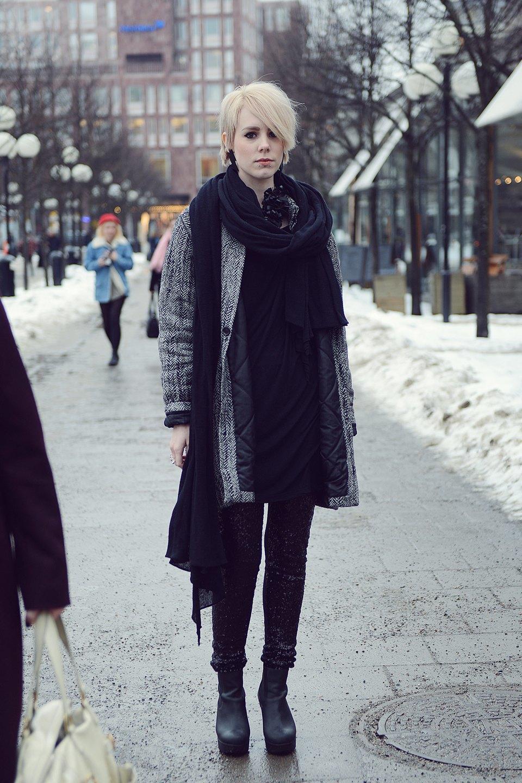 Шубы и горох на Stockholm Fashion Week. Изображение № 20.