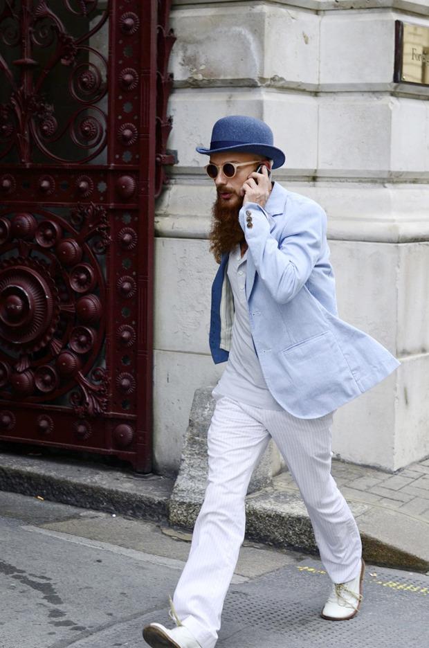 Streetstyle: Неделя моды в Лондоне, часть 2. Изображение № 40.