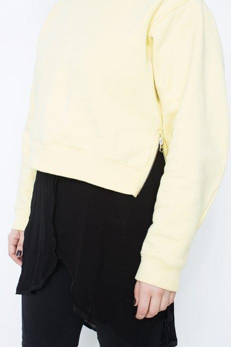 Маркетолог «Цветного»  Полина Ситковская  о любимых нарядах. Изображение № 21.