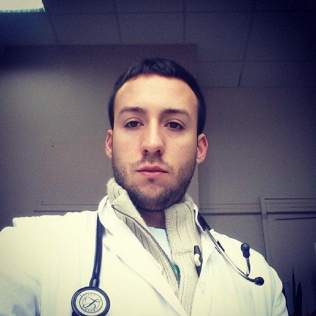 Горячие медики  в Instagram. Изображение № 32.
