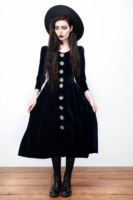 Фотограф Виолетт Эль о любимых нарядах. Изображение № 22.