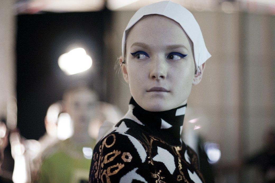 Paris Fashion Week FW 14: Бэкстейдж показа Kenzo. Изображение № 15.