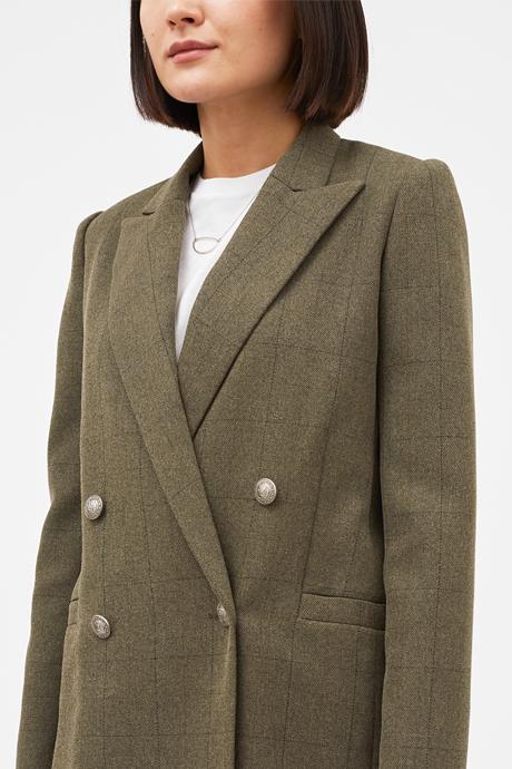 Предпринимательница Елизавета Шин о любимых нарядах. Изображение № 11.