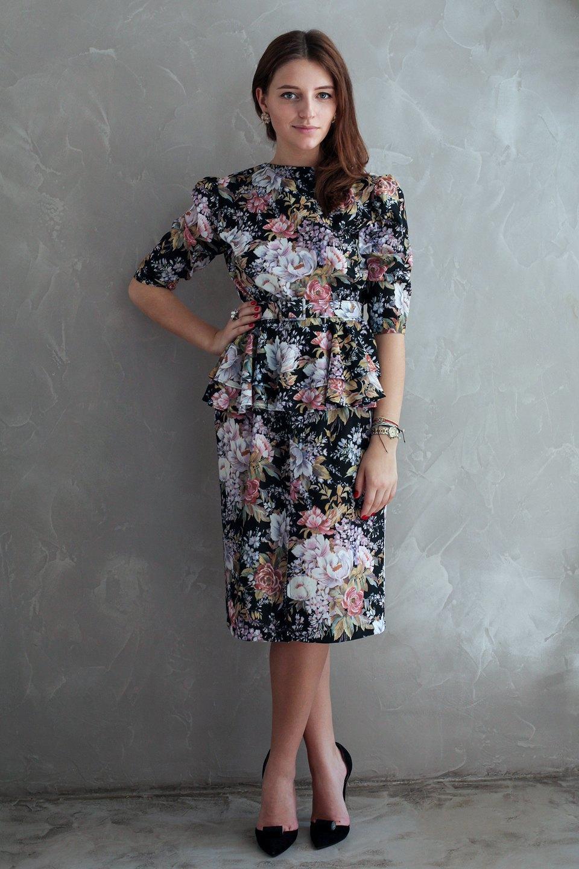 Гардероб: Катя Бутко, блогер и создатель  винтажного магазина. Изображение № 36.