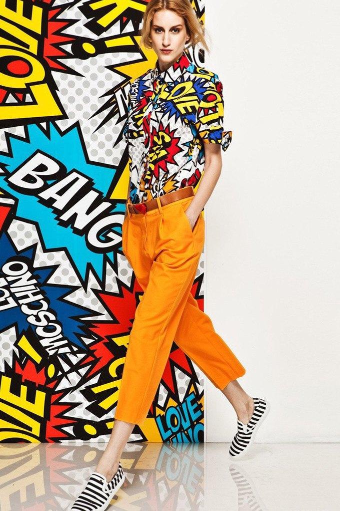 Яркие принты и костюмы в лукбуке Love Moschino. Изображение № 10.