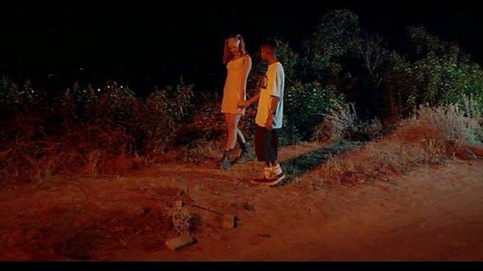 Что можно узнать  о стиле 90-х из фильма Грегга Араки «Нигде». Изображение № 32.