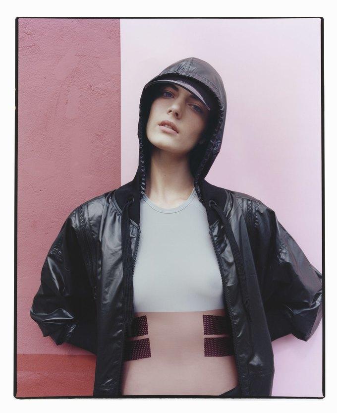 Cтелла Маккартни показала новую коллекцию для adidas. Изображение № 2.