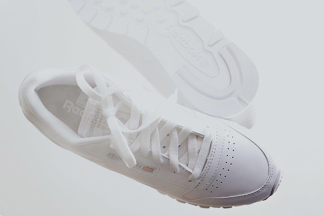 Ревизия:  Белые кроссовки. Изображение № 8.