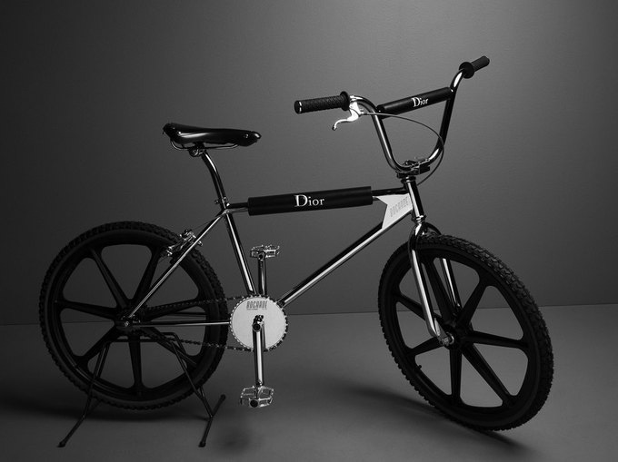 Dior выпустили роскошный велосипед BMX. Изображение № 2.