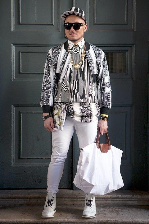 Стритстайл:  Что носят гости  London Fashion Week. Изображение № 3.