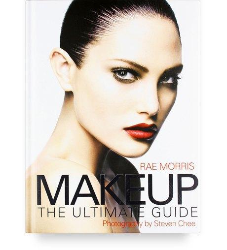 10 полезных книг о макияже, татуировках и ароматах. Изображение № 4.