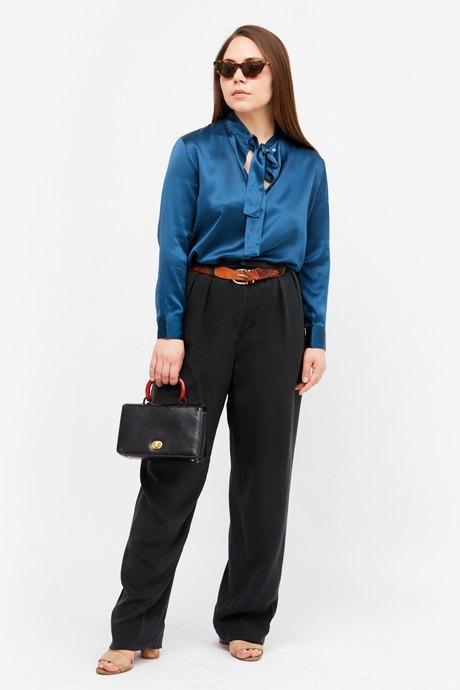 Основательница винтажного магазина More is More Аня Кольцова о любимых нарядах. Изображение № 10.