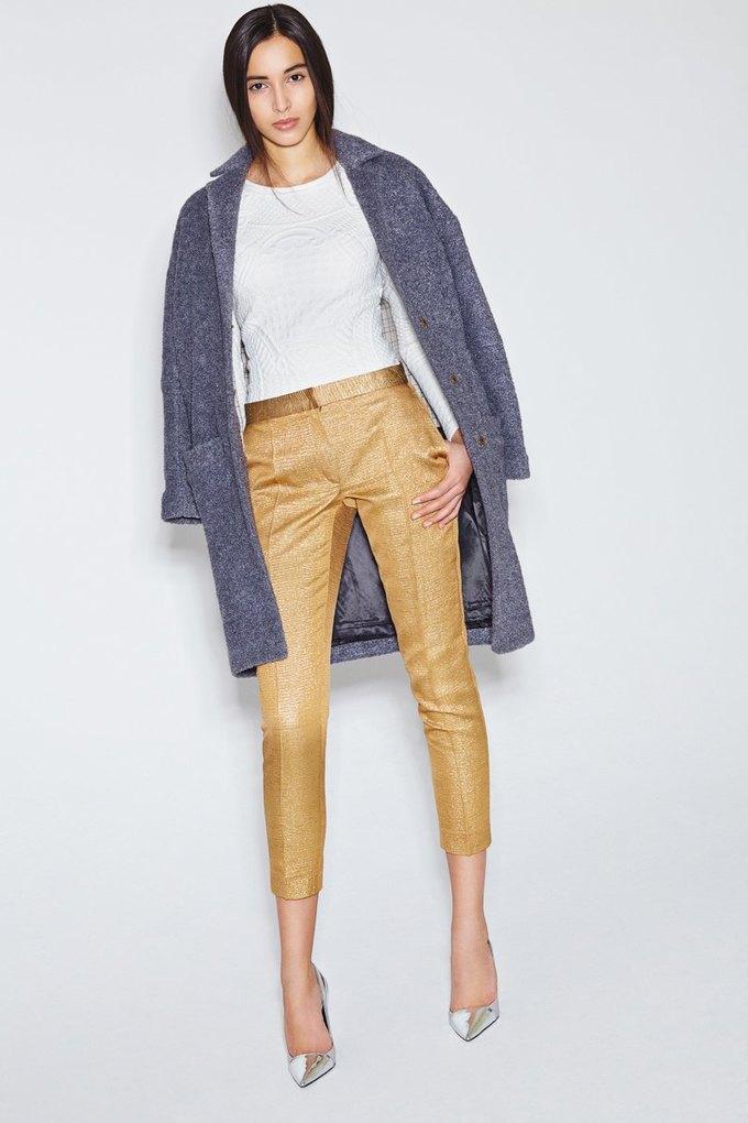 Пальто-коконы и миди-юбки в новой коллекции I am. Изображение № 12.