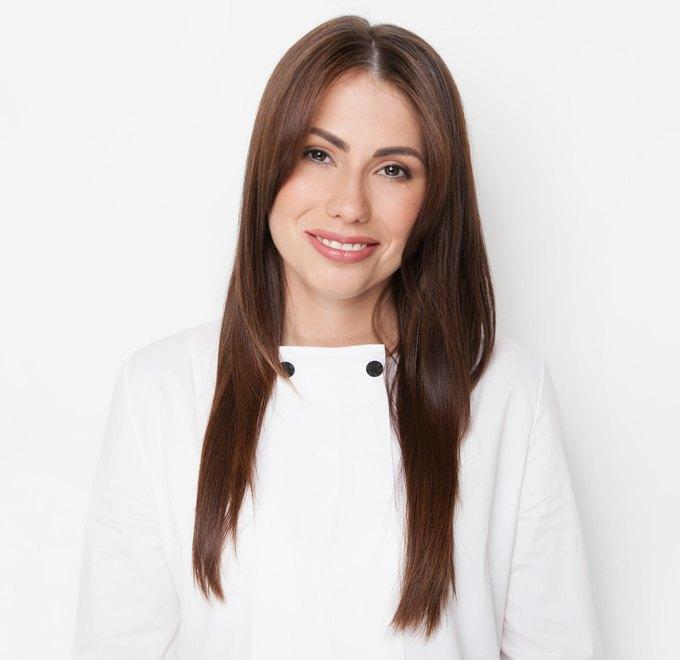 Телеведущая Мария Командная о спорте и любимой косметике. Изображение № 1.