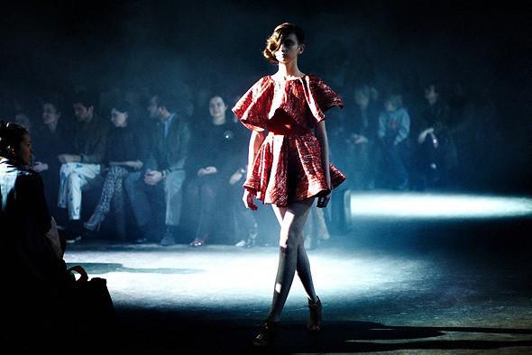 Репортаж: Vika Gazinskaya FW 2011. Изображение № 47.