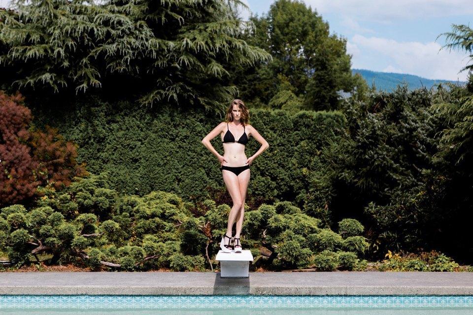Beth Richards: Нарядные и спортивные купальники . Изображение № 2.