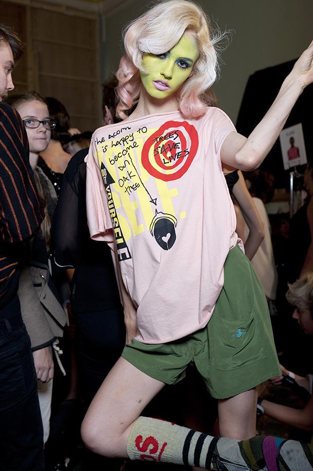 Неделя моды в Лондоне: Бэкстейджи. Изображение № 3.