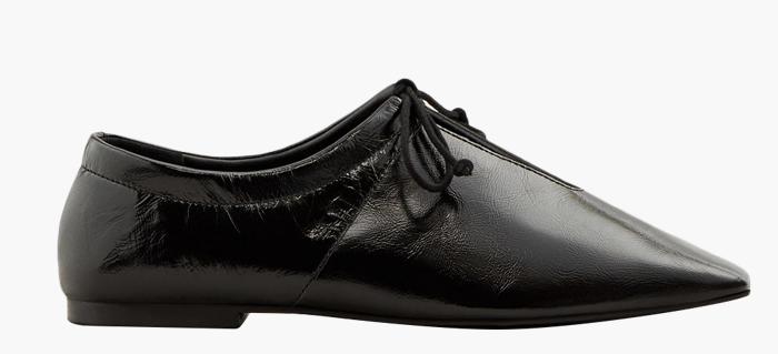 10 пар лаковой обуви для любой погоды: От простых до роскошных. Изображение № 7.
