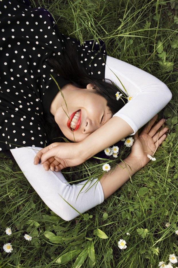 Блогер Сьюзи Баббл стала лицом линейки денима Monki. Изображение № 1.