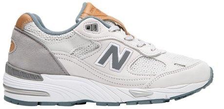 Массивные и неубиваемые: 10 пар кроссовок на зиму. Изображение № 6.