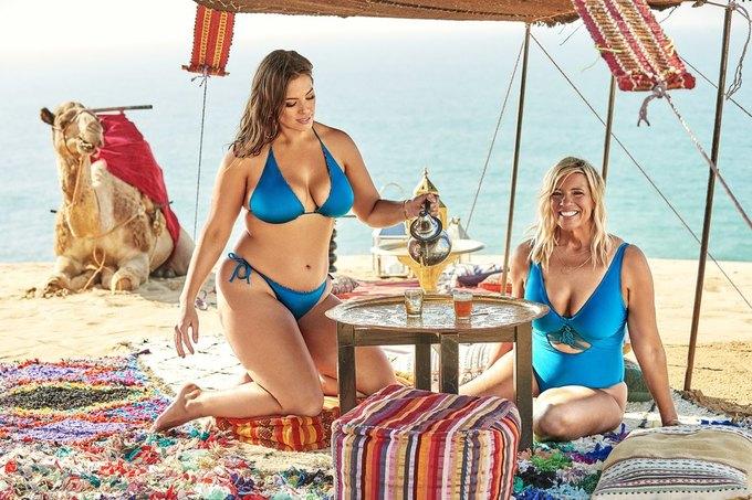 Эшли Грэхэм снялась  в рекламе купальников  с мамой. Изображение № 4.