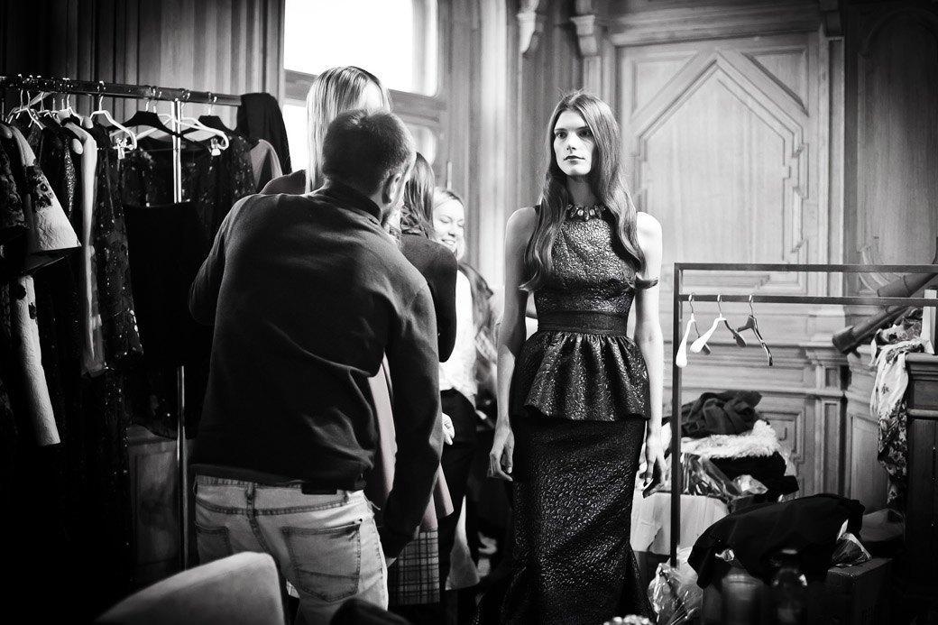 Репортаж: Бархатные платья  и светящиеся кубы на LUBLU Kira Plastinina FW 2013. Изображение № 21.